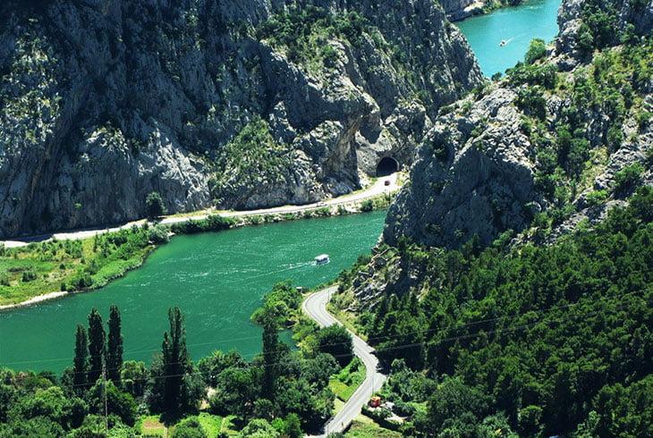 Omis - Cetina River
